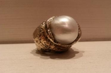 anello perla barocca white pearl